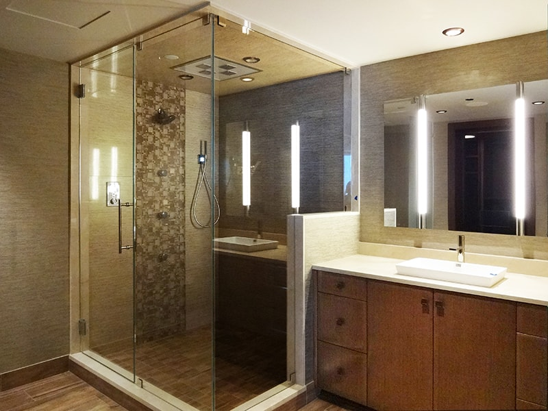 Bathroom frameless- shower-enclosure